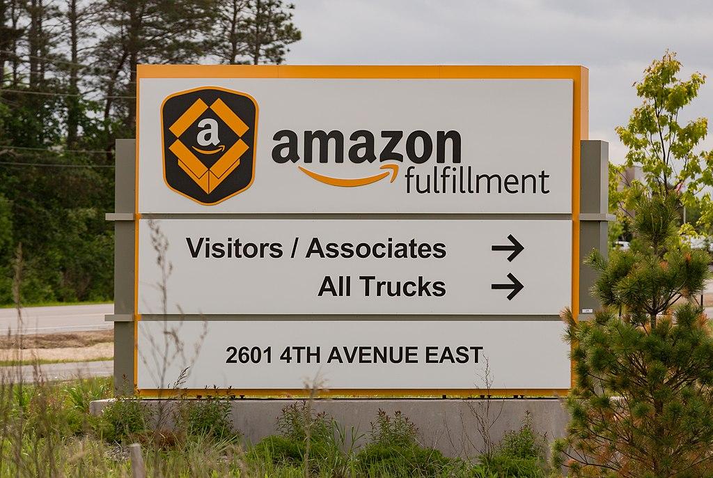amazon-fulfillment-center-signage